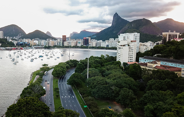 Social Issues「A Day in Rio de Janeiro as the City Begins to Shut Down」:写真・画像(10)[壁紙.com]