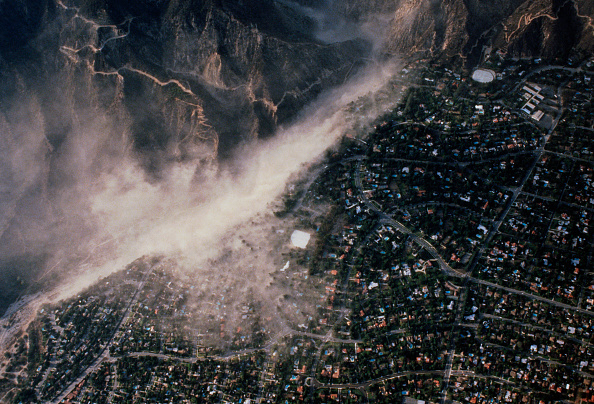 High Angle View「Aerial Taken During The 1987 Whittier Narrows Earthquake」:写真・画像(16)[壁紙.com]