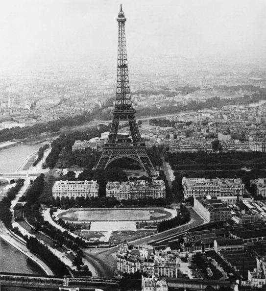 風景「Eiffel Tower」:写真・画像(1)[壁紙.com]