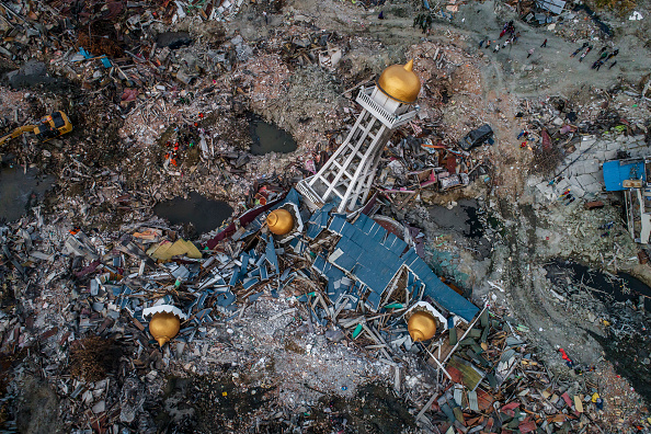 Aerial View「Deadly Earthquake and Tsunami Hits Indonesia's Island of Sulawesi」:写真・画像(11)[壁紙.com]