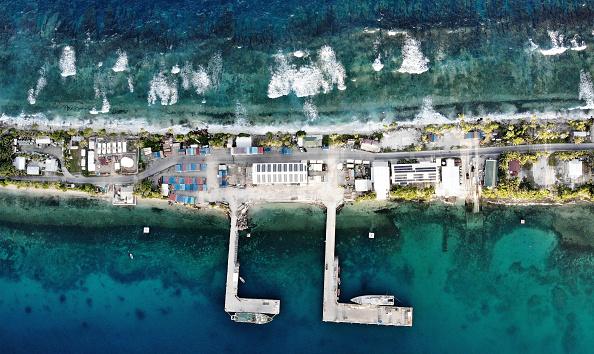 Pacific Ocean「Rising Sea Levels Threaten Coral Atoll Nation Of Tuvalu」:写真・画像(14)[壁紙.com]
