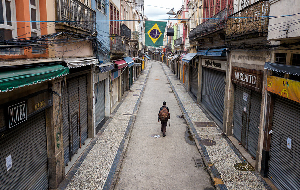Brazil「A Day in Rio de Janeiro as the City Begins to Shut Down」:写真・画像(2)[壁紙.com]
