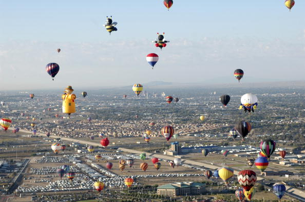 New Mexico「Albuquerque Balloon Festival Takes Off」:写真・画像(4)[壁紙.com]