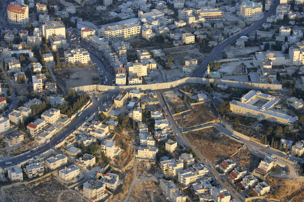 West Bank「Aerial Views Of Israel?s Separation Wall」:写真・画像(10)[壁紙.com]