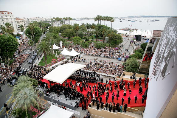 International Cannes Film Festival「Cannes - 'We Own The Night' - Premiere」:写真・画像(2)[壁紙.com]
