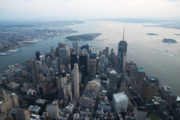 New York City「New York City Prepares To Mark The 15th Anniversary Of 9/11 Attacks」:写真・画像(1)[壁紙.com]