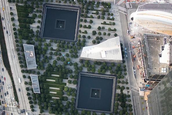 Drew Angerer「New York City Prepares To Mark The 15th Anniversary Of 9/11 Attacks」:写真・画像(12)[壁紙.com]