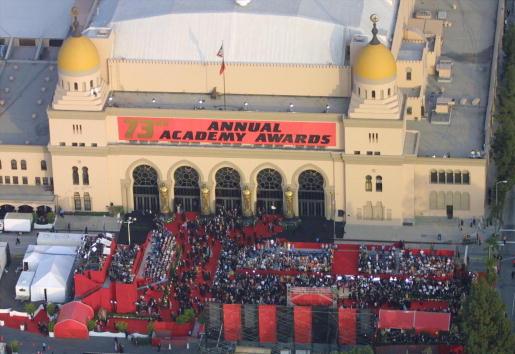 シュラインオーディトリアム「Academy Awards Aerial View」:写真・画像(1)[壁紙.com]