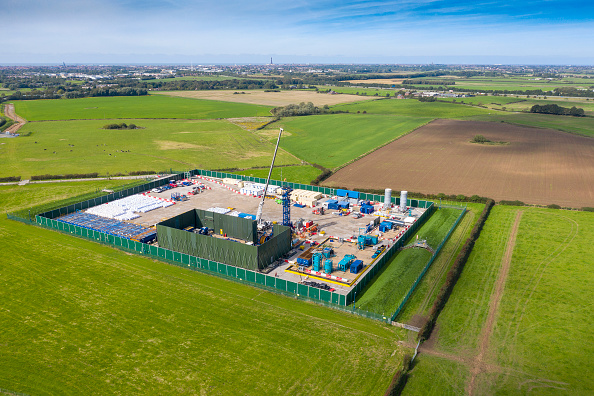Shale「Aerial Views Of The Cuadrilla Fracking Site」:写真・画像(5)[壁紙.com]