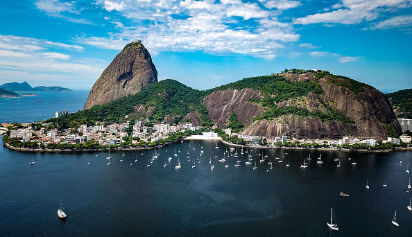 Drone Point of View「A Day in Rio de Janeiro as the City Begins to Shut Down」:写真・画像(5)[壁紙.com]