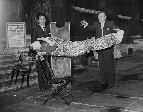 Magician「Robert Harbin」:写真・画像(14)[壁紙.com]