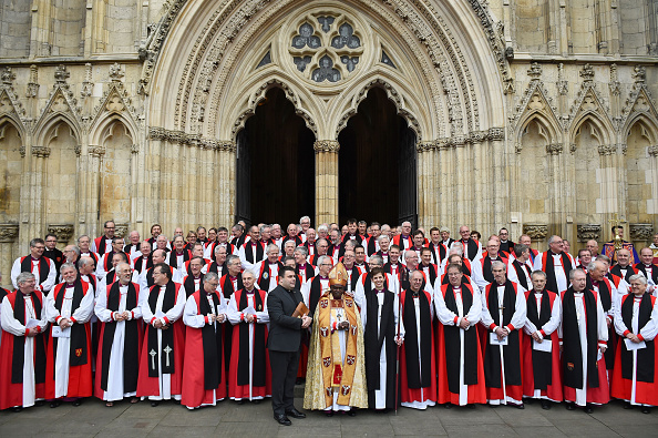 John Sentamu「First Female Bishop Consecrated At York Minster」:写真・画像(8)[壁紙.com]