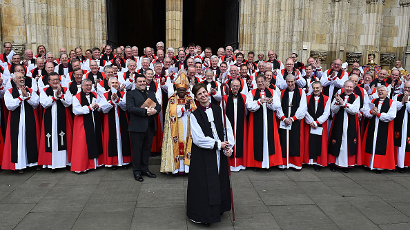 John Sentamu「First Female Bishop Consecrated At York Minster」:写真・画像(2)[壁紙.com]