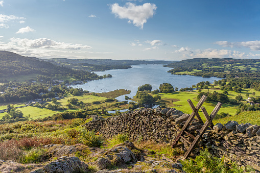 Stone Wall「Lakeland View of Windermere from Loughrigg Fell.」:スマホ壁紙(12)