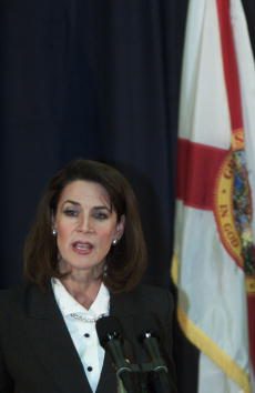 Florida - US State「Florida Secretary of State Katherine Harris Talks to The Press」:写真・画像(11)[壁紙.com]