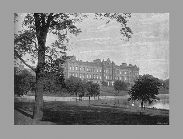 Lawn「Buckingham Palace, London, C1900」:写真・画像(3)[壁紙.com]