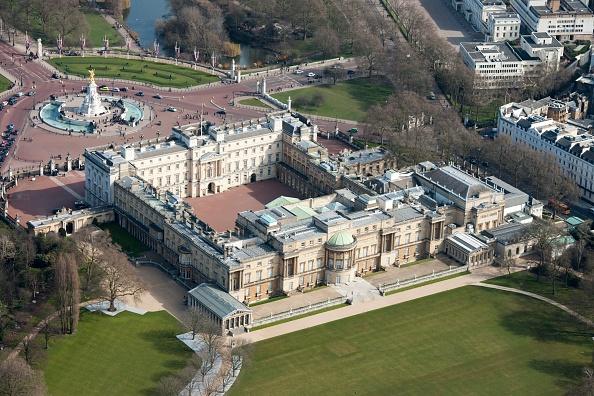 Outdoors「Buckingham Palace」:写真・画像(8)[壁紙.com]