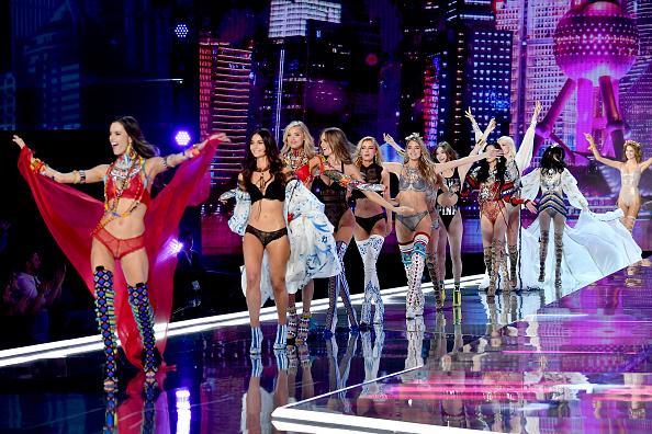 Victoria's Secret「2017 Victoria's Secret Fashion Show In Shanghai - Show」:写真・画像(13)[壁紙.com]
