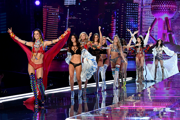 Victoria's Secret「2017 Victoria's Secret Fashion Show In Shanghai - Show」:写真・画像(10)[壁紙.com]