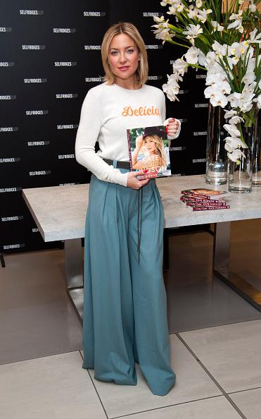 Oxford Street「Kate Hudson - London book Signing」:写真・画像(11)[壁紙.com]