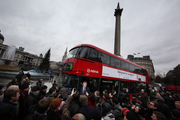 Bus「Mayor Of London Boris Johnson Marks The Arrival Of The First New Bus For London」:写真・画像(12)[壁紙.com]