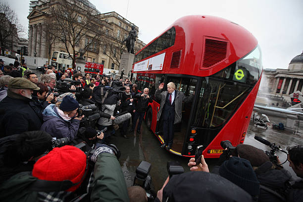 Mayor Of London Boris Johnson Marks The Arrival Of The First New Bus For London:ニュース(壁紙.com)