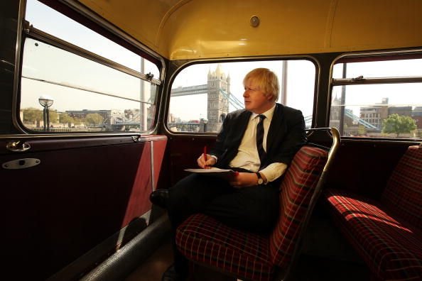 Bus「Mayor Boris Johnson Participates In St George's Day Celebrations」:写真・画像(7)[壁紙.com]