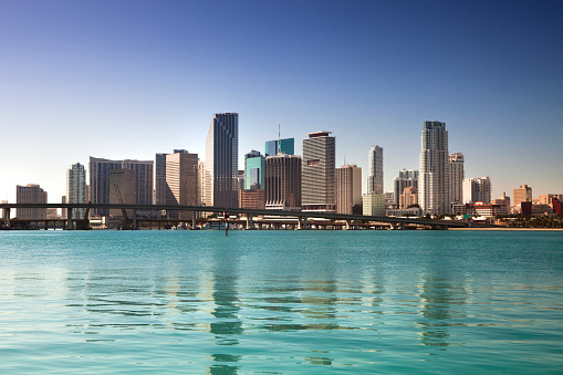 マイアミビーチ「マイアミフロリダの日中の街並み」:スマホ壁紙(13)