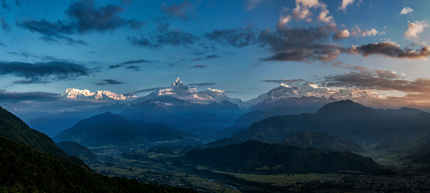 Annapurna Range「Nepal, Annapurna, Pokhara, Annapurna South, Machapuchare, panoramic view」:スマホ壁紙(6)