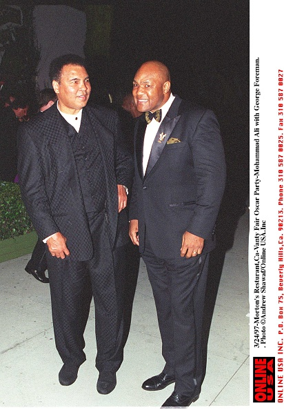 George Foreman「Morton's Restaurant Vanity Fair Oscars Party Muhammad Ali With George」:写真・画像(9)[壁紙.com]