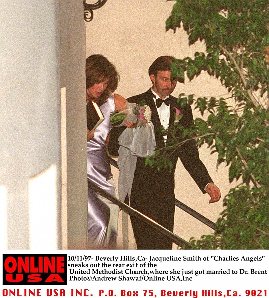 Jaclyn Smith「Jacqueline Smith Leaving The Rear Exit Of The Methodist Church Where She」:写真・画像(8)[壁紙.com]