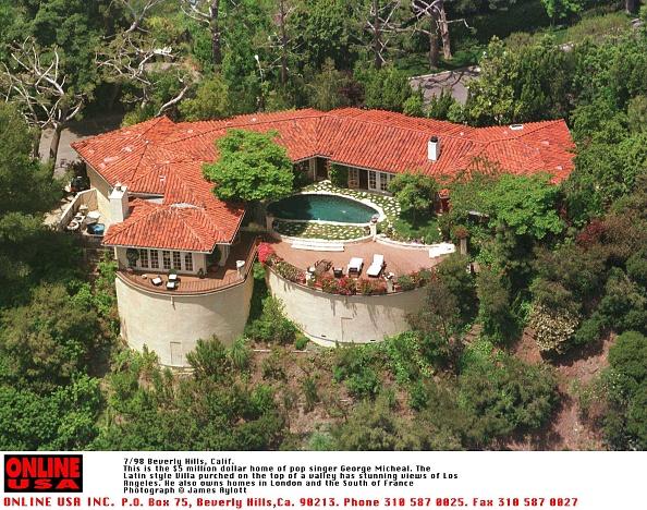 Villa「7/98 Beverly Hills, Ca-George Michael's 3,650 sq. ft., five-bedroom villa with ritzy 90210 zip code 」:写真・画像(11)[壁紙.com]