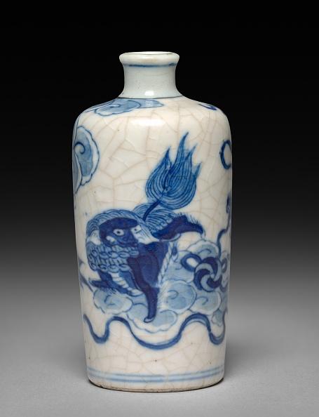 Porcelain「Snuff Bottle With Stopper」:写真・画像(10)[壁紙.com]