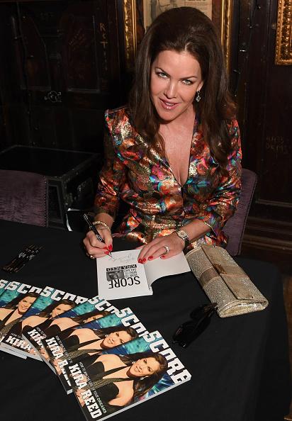 Stuart C「Kira Reed Lorsch and Nancy O'Brien SCORE Book Signing at Hard Rock Cafe London」:写真・画像(13)[壁紙.com]
