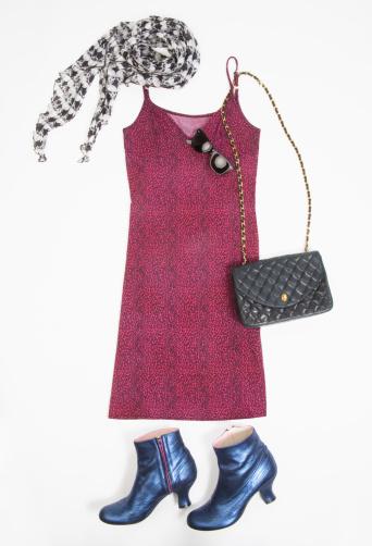 ドレス「Dress and fashion accessories, studio shot」:スマホ壁紙(5)