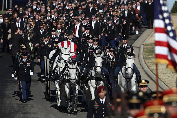 Funerals Held At Arlington National Cemetery For Military Personnel Killed In Shooting At Jordanian Base:ニュース(壁紙.com)