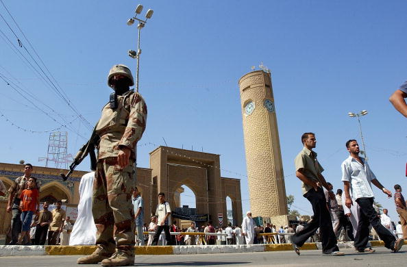 Security「Iraqi Sunnis Attend Friday Prayer」:写真・画像(3)[壁紙.com]