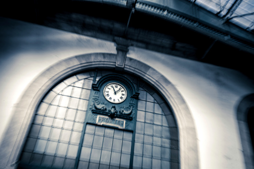 Auto Post Production Filter「Clock in Porto Railway Sao Bento Station」:スマホ壁紙(10)
