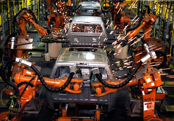 Industry「Chrysler Marks Production Of New 2009 Dodge Ram With MI Governor Grahholm」:写真・画像(15)[壁紙.com]