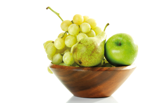 Pear「Grapes, pear and apple in wooden bowl」:スマホ壁紙(19)
