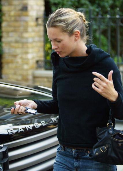 自動車「Kate Moss Out With Friends」:写真・画像(12)[壁紙.com]