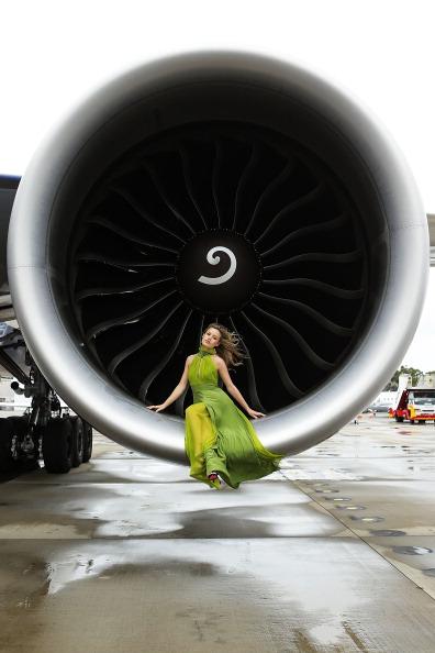 Sleeveless Dress「British Airways 777 High Tea Event」:写真・画像(12)[壁紙.com]