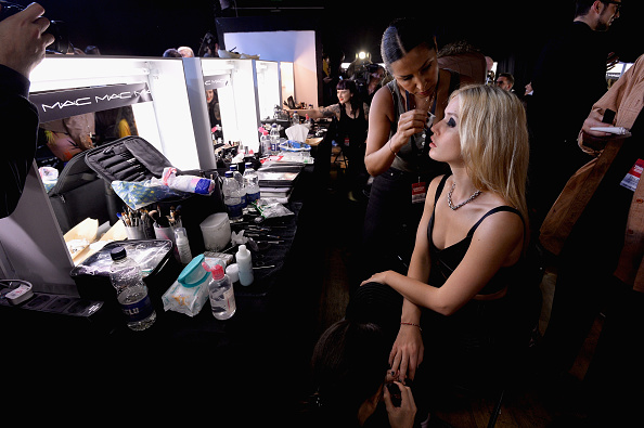 London Fashion Week「Tommy Hilfiger TOMMYNOW Fall 2017 -  Backstage」:写真・画像(10)[壁紙.com]