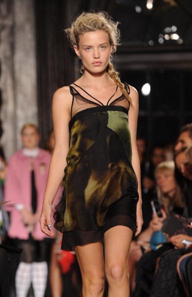 Giles「Giles - Runway: London Fashion Week SS14」:写真・画像(18)[壁紙.com]