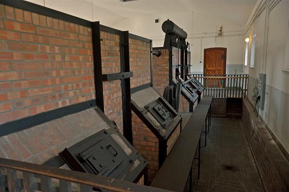 Richard Blanshard「Crematorium Ovens At Buchenwald」:写真・画像(5)[壁紙.com]