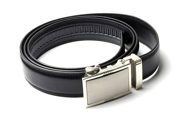 Black leather belt:スマホ壁紙(壁紙.com)
