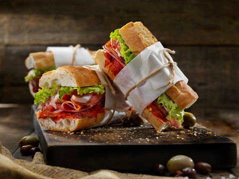 Lunch「Italian Sandwich's with Roasted Red Peppers」:スマホ壁紙(2)