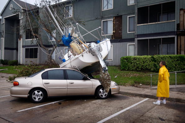 Damaged「Coastal Texas Faces Heavy Damage After Hurricane Ike」:写真・画像(3)[壁紙.com]
