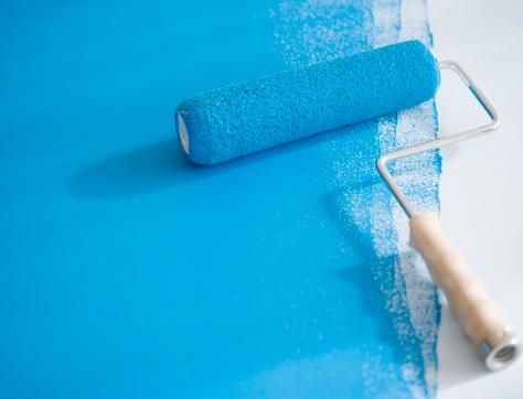 Weekend Activities「Paint roller on partially painted floor」:スマホ壁紙(18)