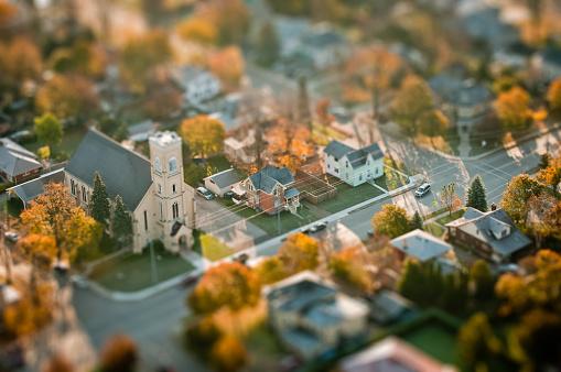Tilt-Shift「Small town and church」:スマホ壁紙(11)